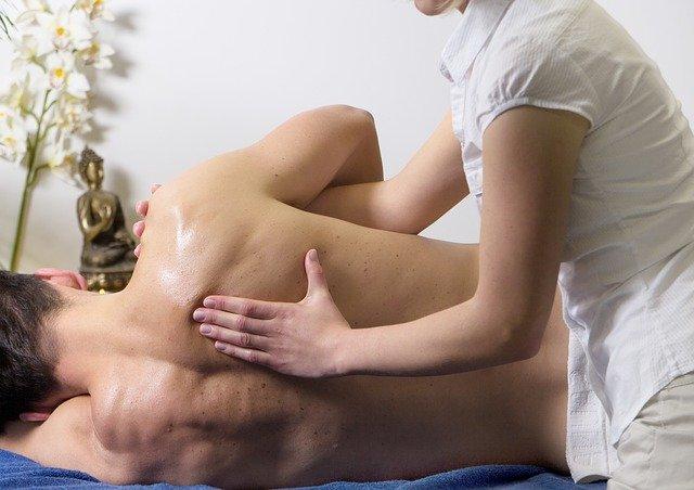 Nacken massieren